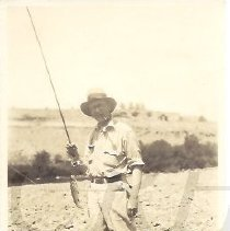 Image of Clarence Robinson Langley Fishing at Deschutes River OR - 2011.10.40