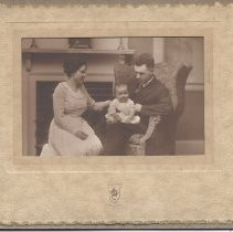Image of Ralph and Alice Goodrich with Son Sidney - 2012.13.22