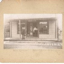 Image of Moses Thompson and Alice L. Owens, Bingham ME - 2012.13.55