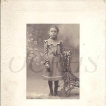 Image of Alice Smith as a Young Girl - 2011.10.75