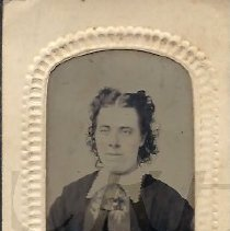"Image of Mary ""Mae"" Goodrich - Tintype - 2012.13.107"