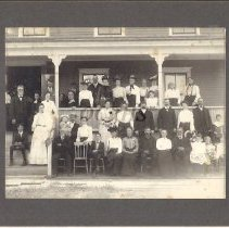 Image of Goodrich Family Members at Reunion 1903