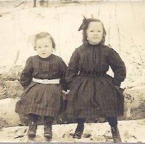 Image of Arlene and Irma Martin - 2015.23.45