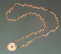 Image of 436/72 - BEADS ON STRING WITH GORGET