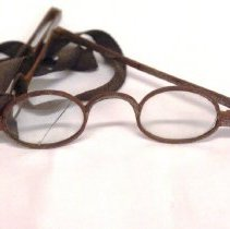 Image of Spectacles