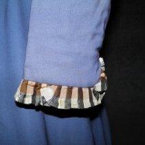 Image of left sleeve (cuff)