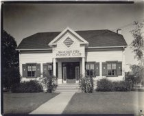 Image of CP CA 069 - Clubhouse Photograph Collection