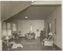 Image of Living room of Junior Dept., Nineteenth Century Club, Memphis, Tenn.