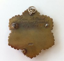 Image of back, GFWC International President Ann Holland's president pin