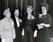 Image of CONV 1952.06