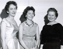 Image of Marjorie Yokeley, Susanna Hanza, and Nannie Jean Hay