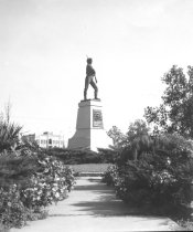 Image of Gonzales - Monument to Texas Revolutionary Soldier