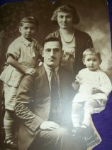Image of 2013-05Family1920 - Print, Photographic