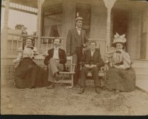 Image of Kettering family with Charles Kettering.