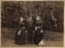Image of Aunt Minn, Uncle Oswald, and Alice Austen, ca. 1884-1888
