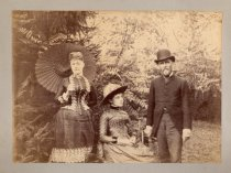 Image of Aunt Minn, Uncle Oswald, and Alice Austen, photo by Alice Austen, 1884