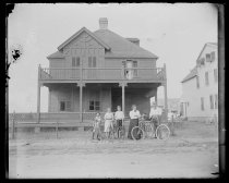 Image of House, Austen family & wheels - Negative, Glass-plate