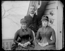 Image of Auntie, Mr Langford & self, photo by Alice Austen, ca. 1885-1890