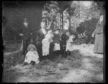 Image of M. Alburger children and Parmele children, photo by Alice Austen, 1890