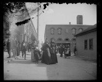 Image of Immigrants on Hoffman Island, photo by Alice Austen, 1901