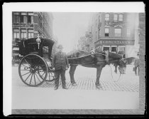 Image of Hansom cab - Negative, Glass-plate