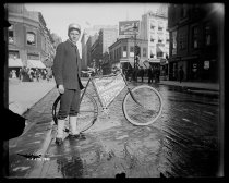 Image of Mounted Messenger Boy, Thirtieth Street - Negative, Glass-plate
