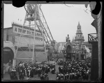 Image of Midway, Pan-American Exposition, photo by Alice Austen, 1901