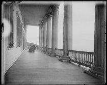 Image of No. piazza half length, photo by Alice Austen, 1899