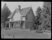 Image of [Mrs. Haxton's house] - Negative, Glass-plate