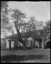 Image of Billiou-Stillwell-Perine House, photo by Alice Austen, ca. 1922