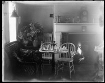 Image of Box Tree Tea Room interior, photo by Alice Austen, 1922