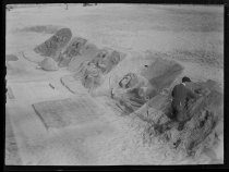 Image of Sand sculptures, Atlantic City, photo by Alice Austen, 1910