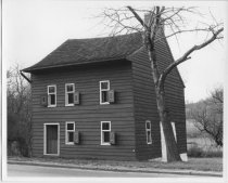 Image of Voorlezer's House, photo by William McMillen, 1986