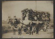 Image of Dan Wenz's wagon, Hudson-Fulton Celebration, Staten Island, 1909