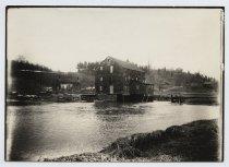 Image of Geib's Mill, Richmond, photo by W. Barton, 1899