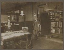 Image of Edgewater Savings & Loan Association, Stapleton, 1915