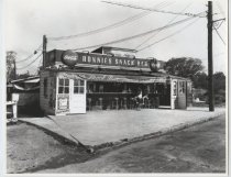 Image of Ronnie's Snack Bar, South Beach, photo by Herbert A. Flamm, 1955
