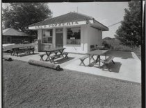 Image of Val's Pizzeria, photo by Herbert A. Flamm, 1966