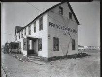 Image of Princess Bay Inn, photo by Herbert A. Flamm, 1963