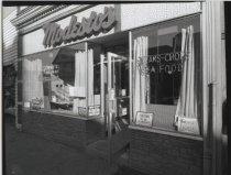 Image of Modesto's Restaurant, photo by Herbert A. Flamm, ca. 1968