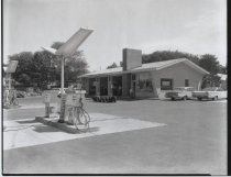 Image of Shell service station, photo by Herbert A. Flamm, 1963