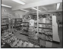 Image of Richmondtown Delicatessen (interior), photo by Herbert A. Flamm, 1970