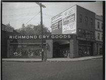 Image of Richmond Dry Goods, photo by Herbert A. Flamm, 1951