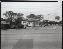 Image of Silvestri's Gulf service station, photo by Herbert A. Flamm, 1956