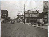 Image of Van Duzer Street at Beach Street, photo by Herbert A. Flamm, ca. 1945-1950