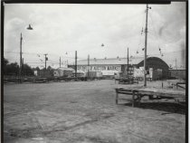 Image of Greenridge Auction Market, photo by Herbert A. Flamm, 1952