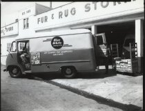 Image of Blue White Laundry Co. truck, photo by Herbert A. Flamm, ca. 1960-1965