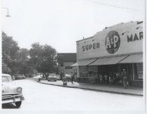 Image of A&P supermarket, photo by Herbert A. Flamm, 1955