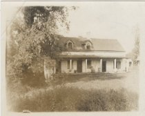 Image of Christopher House, Willowbrook, photo by George Tredwell, ca. 1899