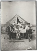 Image of Mr Fairs camp on Crooks Point, photo by Coleman Benedict, 1904